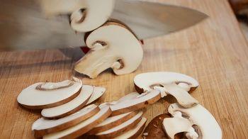 Гратен из картофеля с грибами 1 шаг